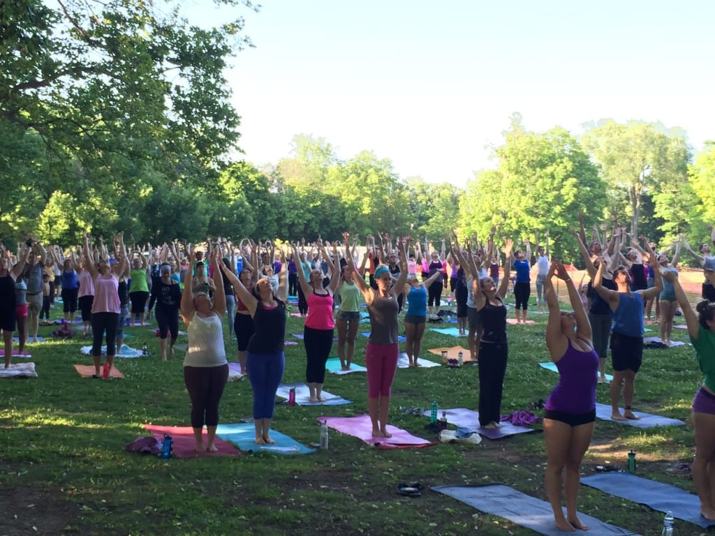 funky yoga community class - summer